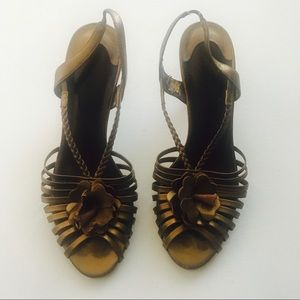 Bella Vita Gold Leather Heels Sandals Size 10
